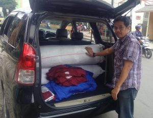 packing baju karyawan